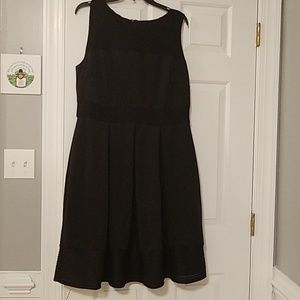 Dresses & Skirts - That little black dress